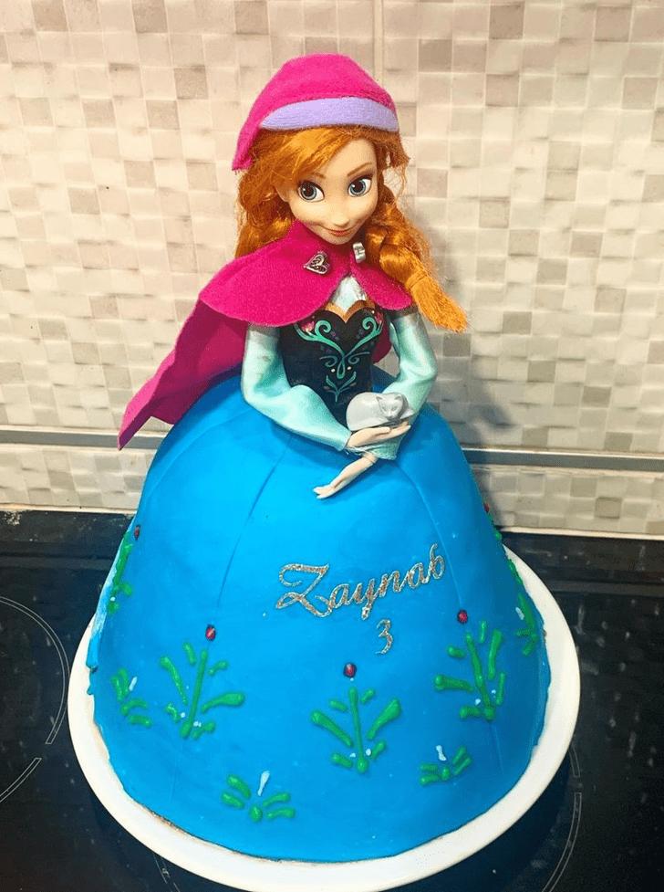 Lovely Disneys Anna Cake Design