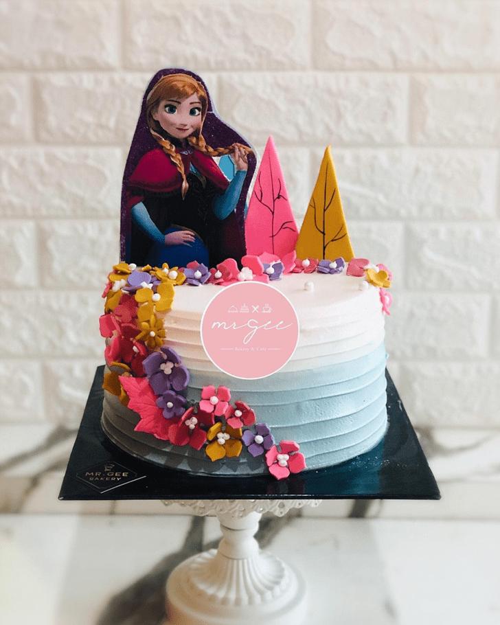 Magnificent Disneys Anna Cake