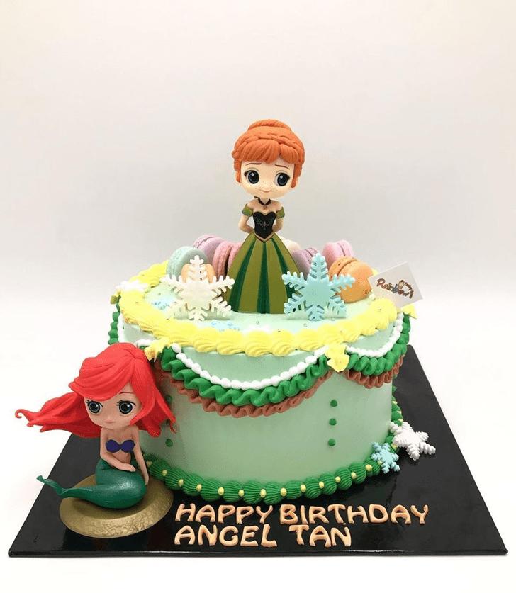 Radiant Disneys Anna Cake