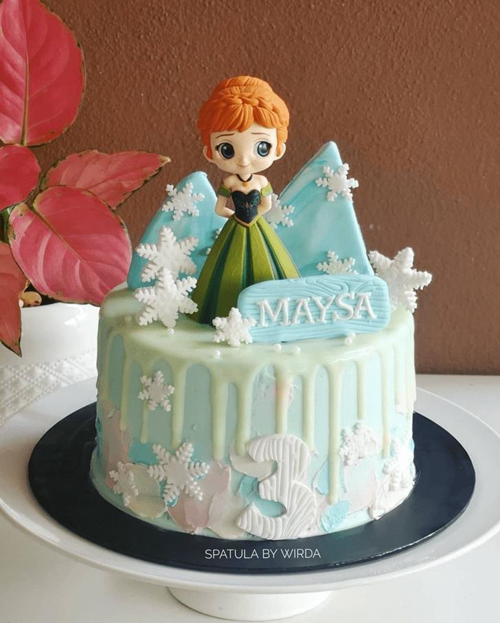 Shapely Disneys Anna Cake