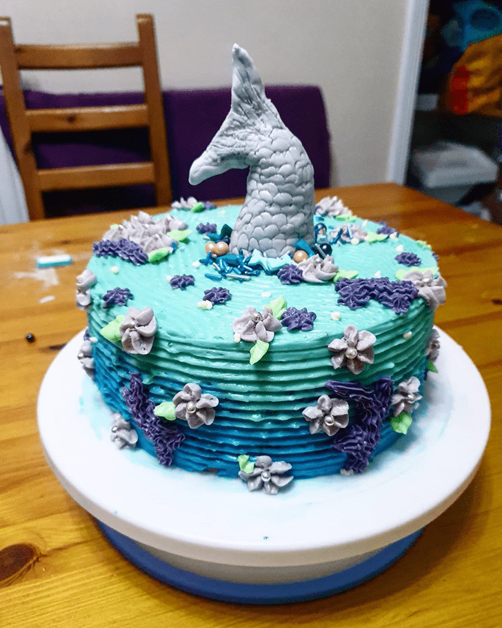 Exquisite Disneys Ariel Cake