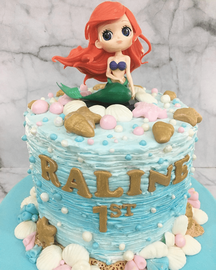 Fine Disneys Ariel Cake
