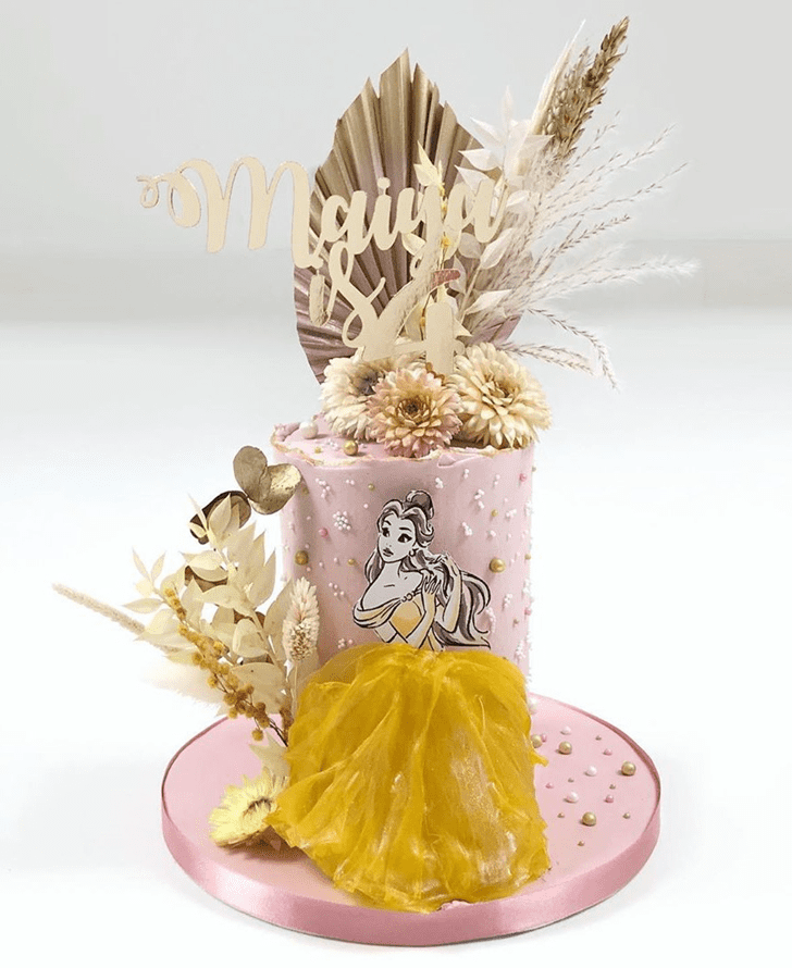 Pretty Disneys Belle Cake
