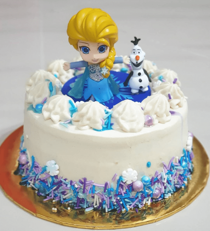 Admirable Disneys Elsa Cake Design
