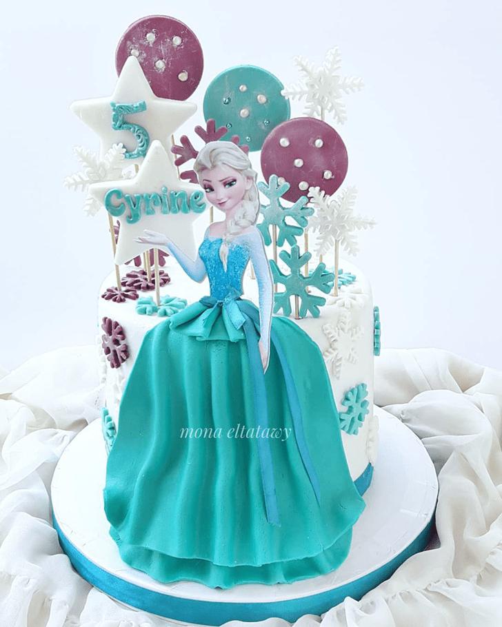 Bewitching Disneys Elsa Cake