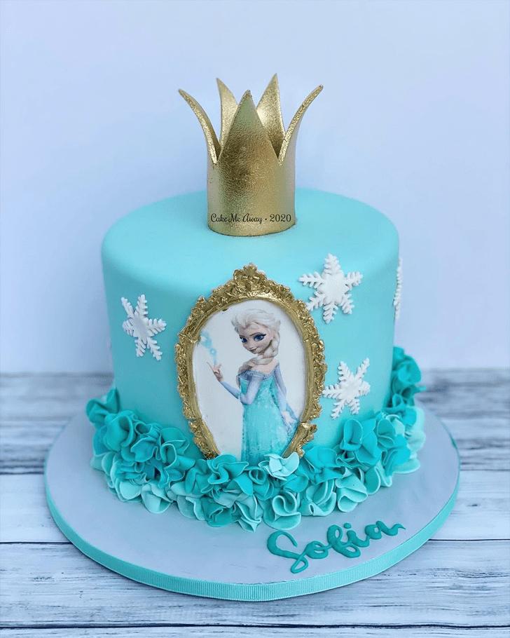 Charming Disneys Elsa Cake