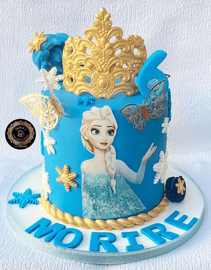 Dazzling Disneys Elsa Cake