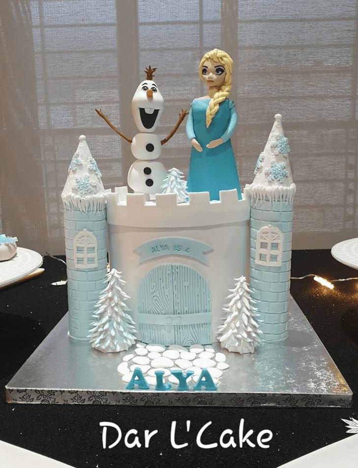Delicate Disneys Elsa Cake