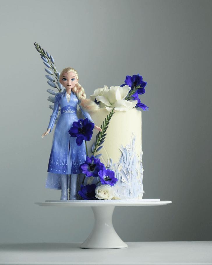 Handsome Disneys Elsa Cake