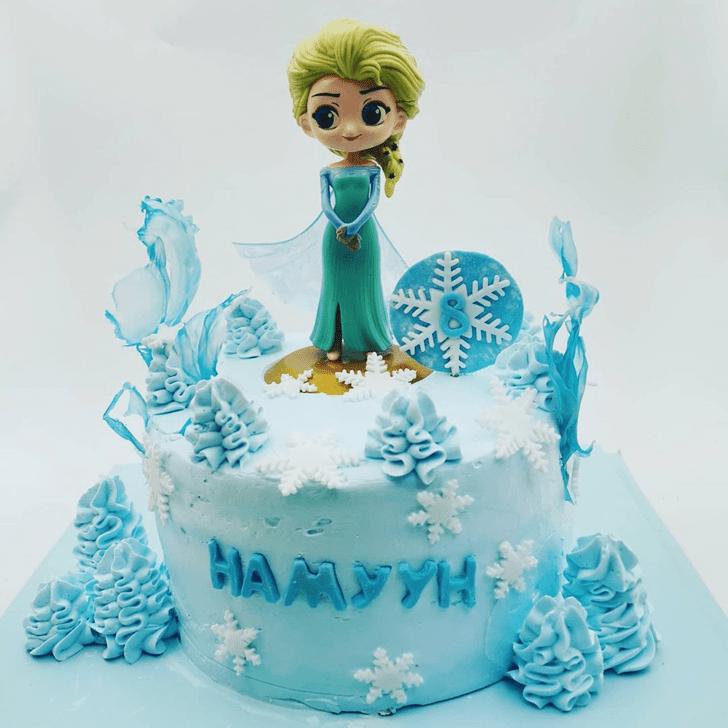Mesmeric Disneys Elsa Cake