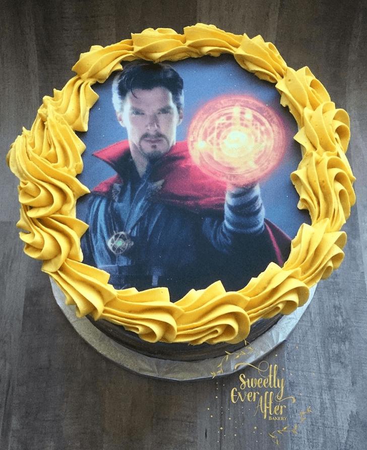 Comely Doctor Strange Cake