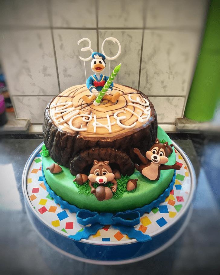 Angelic Donald Duck Cake