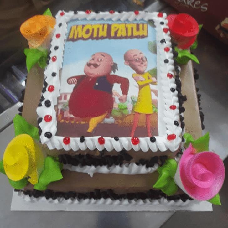Alluring Dora Cake