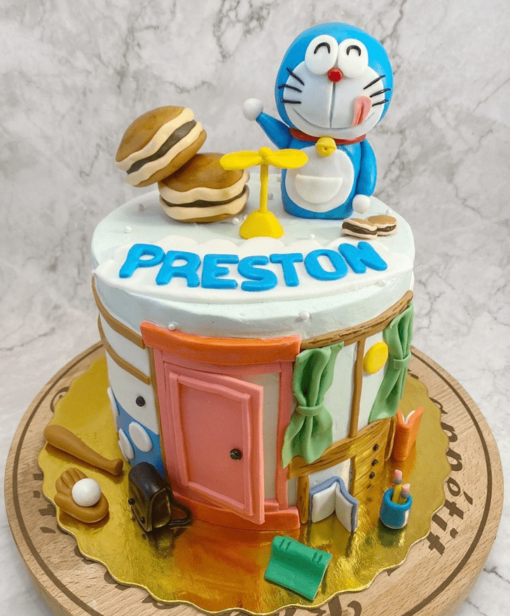 Admirable Doraemon Cake Design