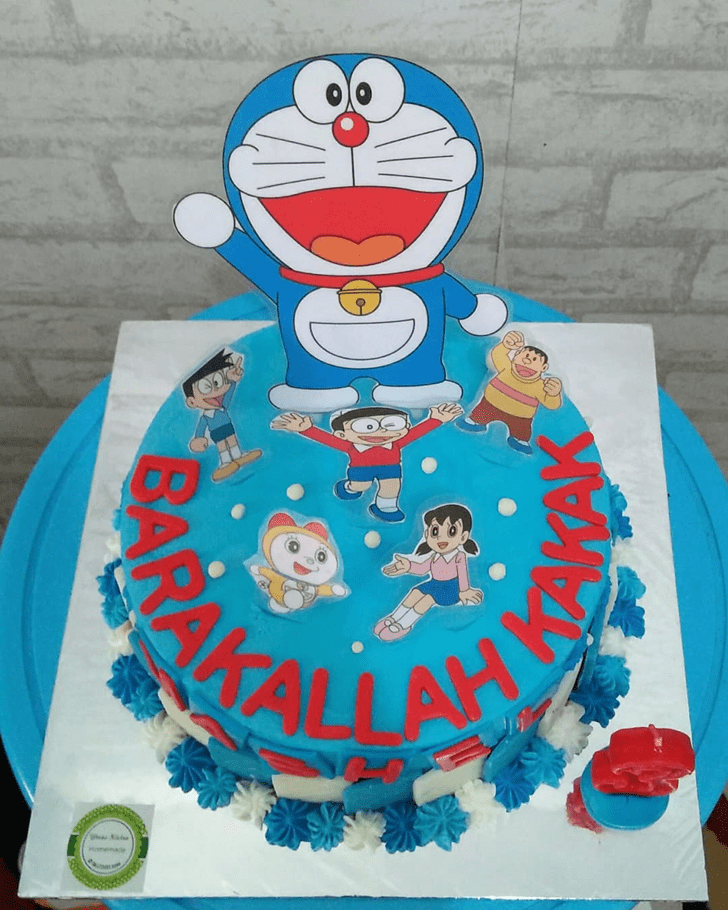 Radiant Doraemon Cake