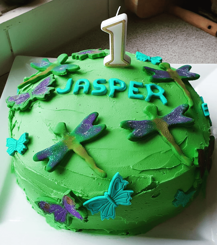 Exquisite Dragonfly Cake