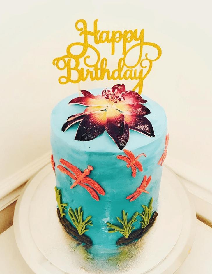 Nice Dragonfly Cake