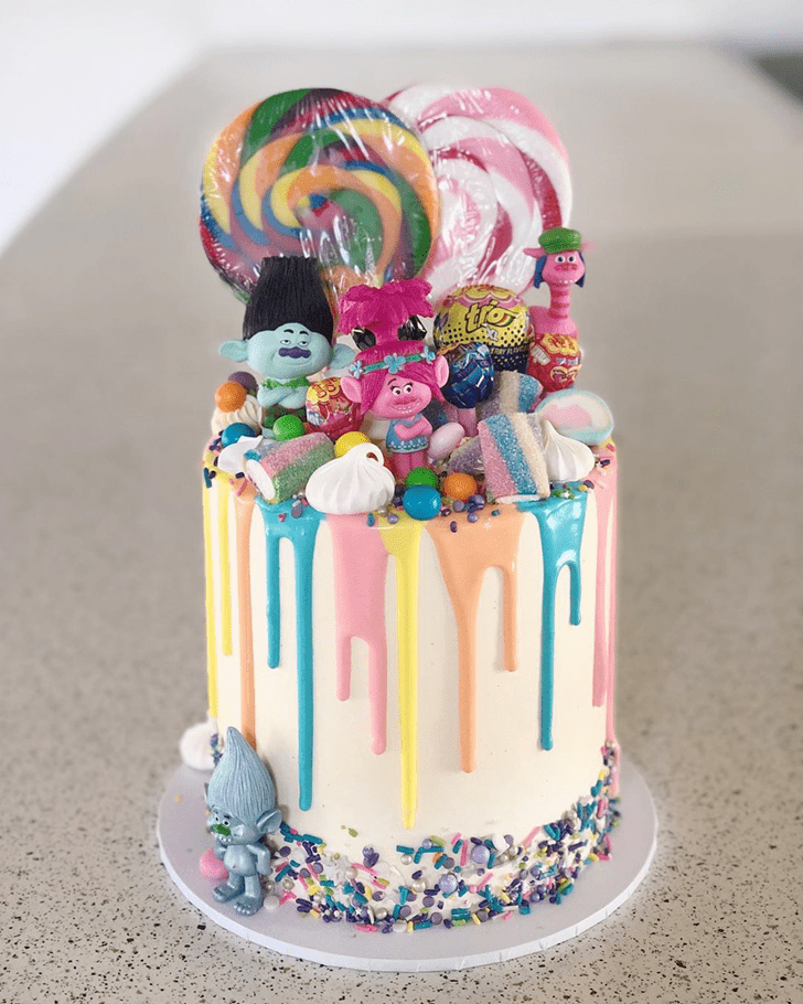 Comely Drip Cake