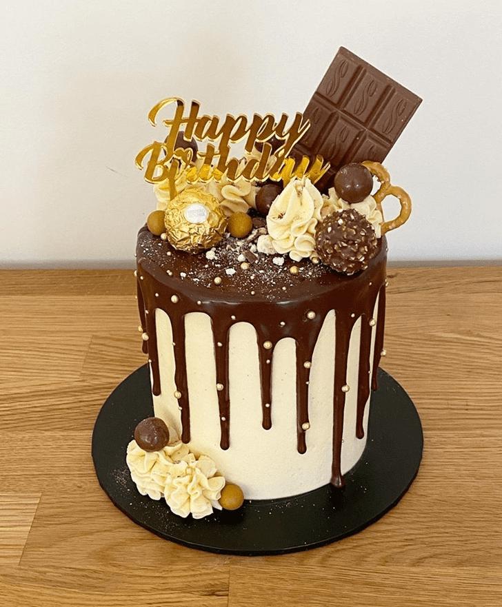 Delicate Drip Cake