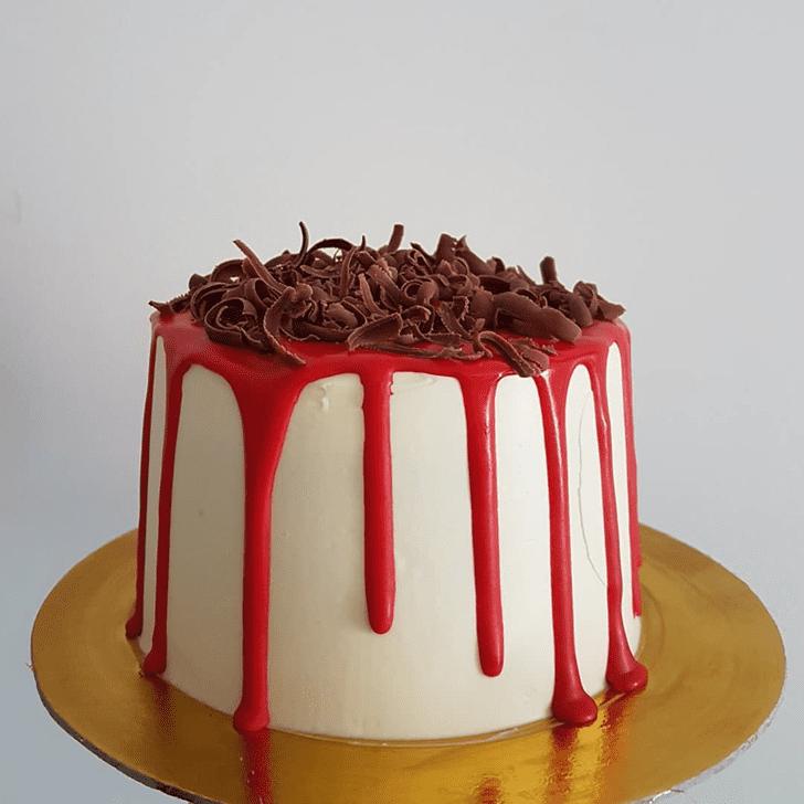 Grand Drip Cake