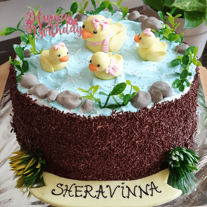 Comely Duckling Cake