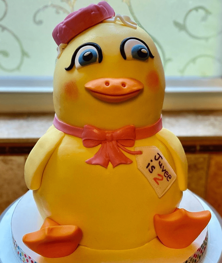 Good Looking Duckling Cake