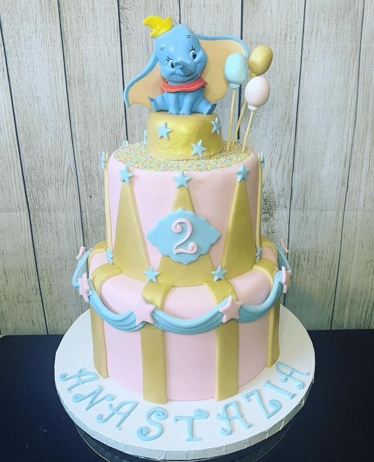 Grand Dumbo Cake