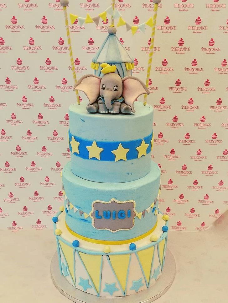 Ideal Dumbo Cake