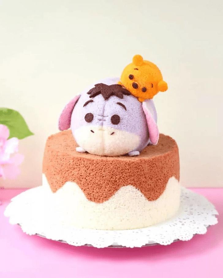 Admirable Eeyore Cake Design