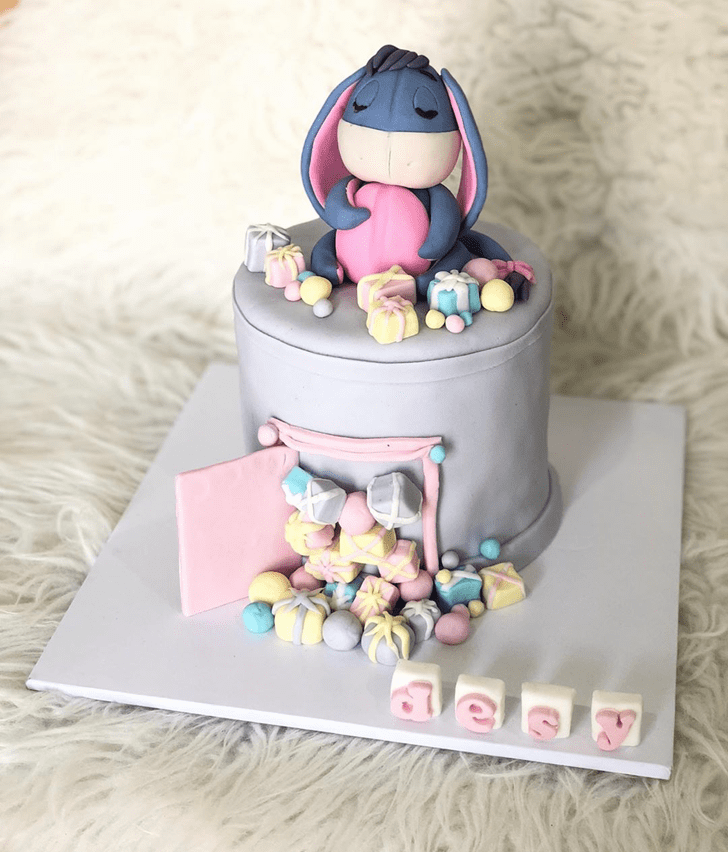 Mesmeric Eeyore Cake