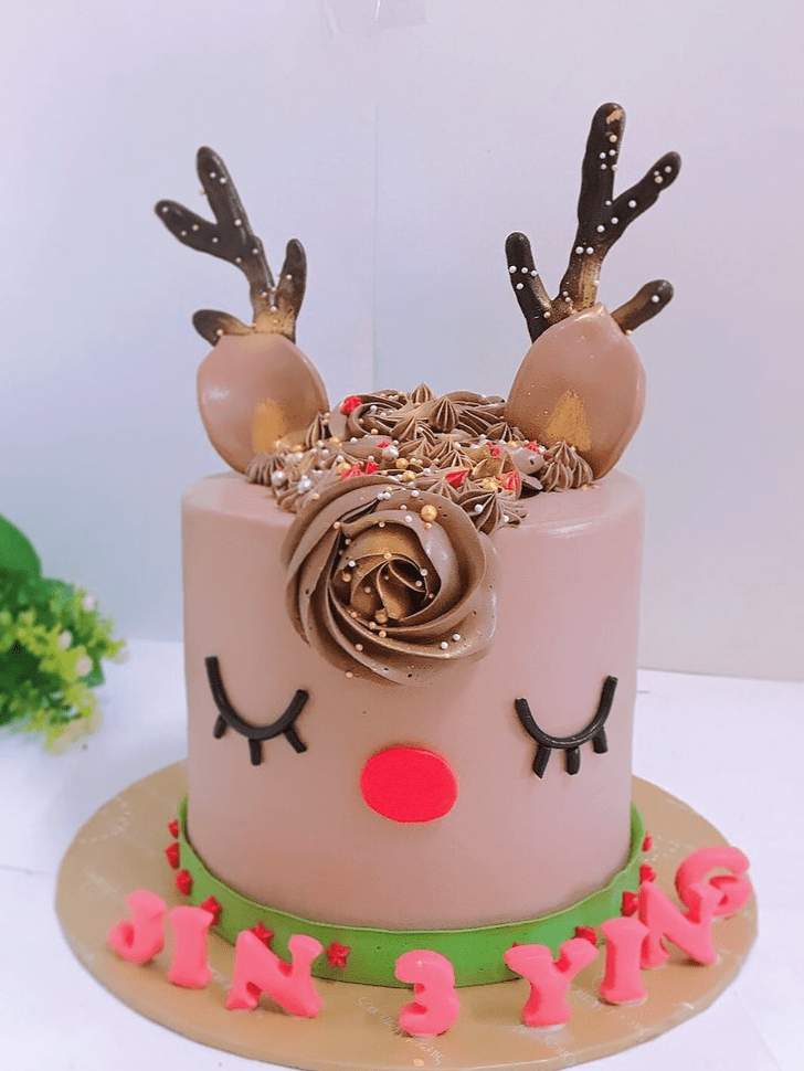 Divine Elk Cake
