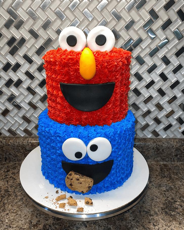 Magnetic Elmo Cake