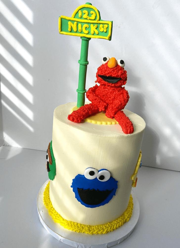 Mesmeric Elmo Cake