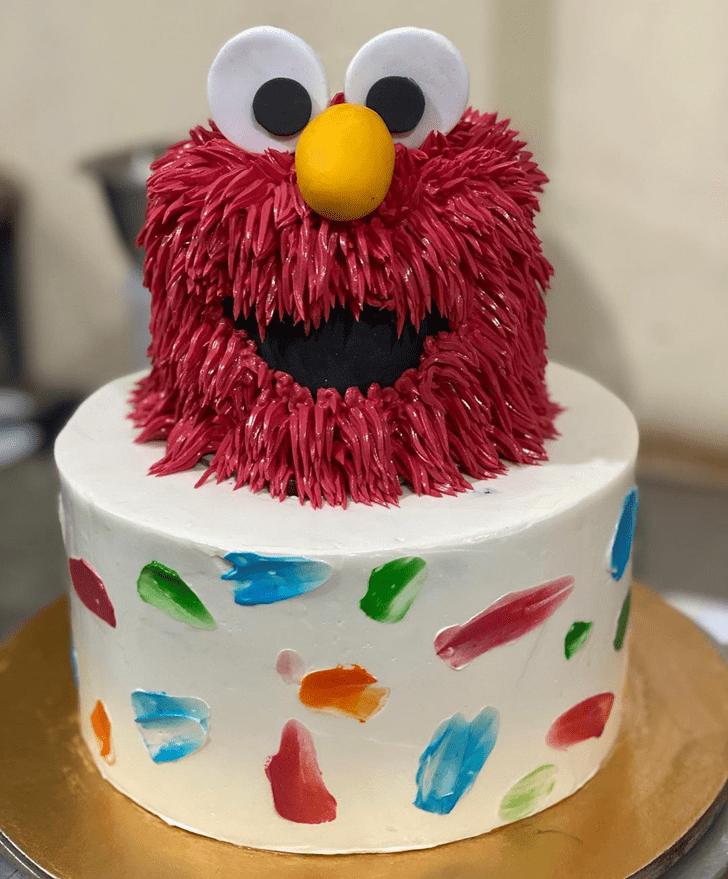 Pleasing Elmo Cake