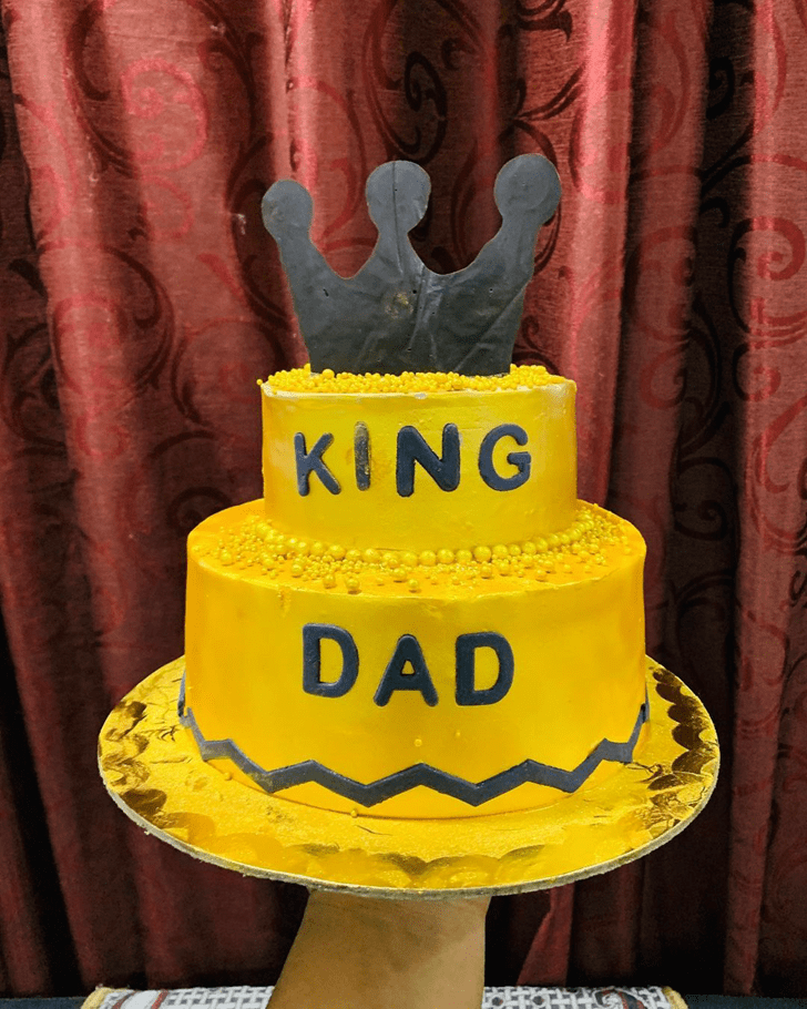 Magnetic Father Cake