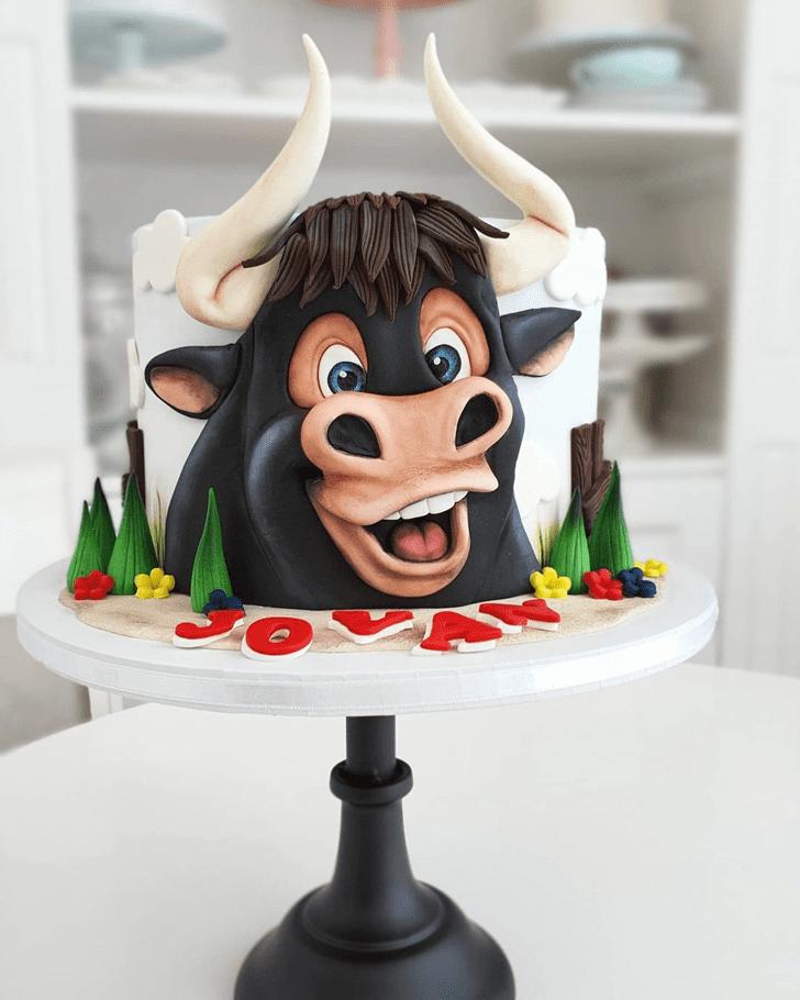 Stunning Ferdinand Cake