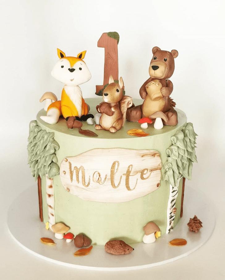 Classy Fox Cake