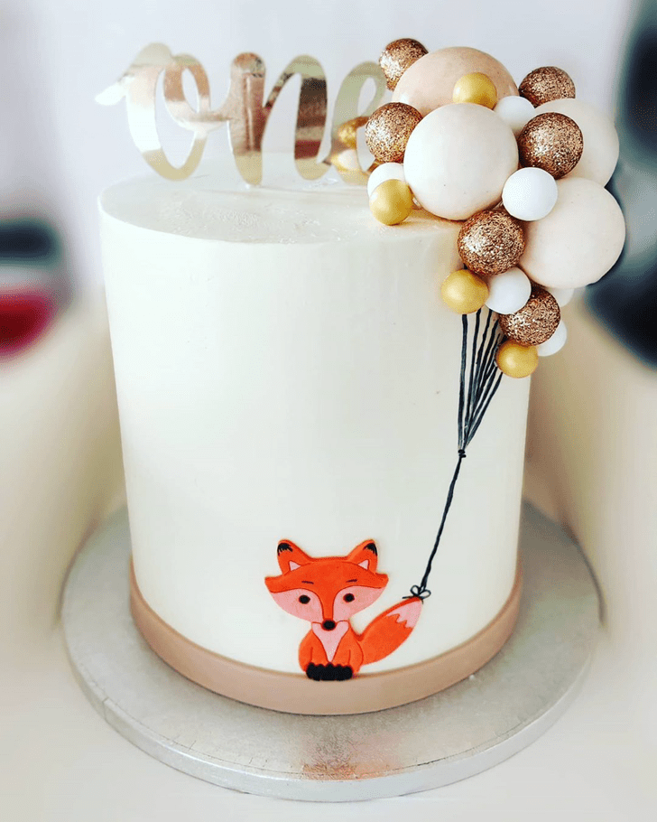 Enticing Fox Cake