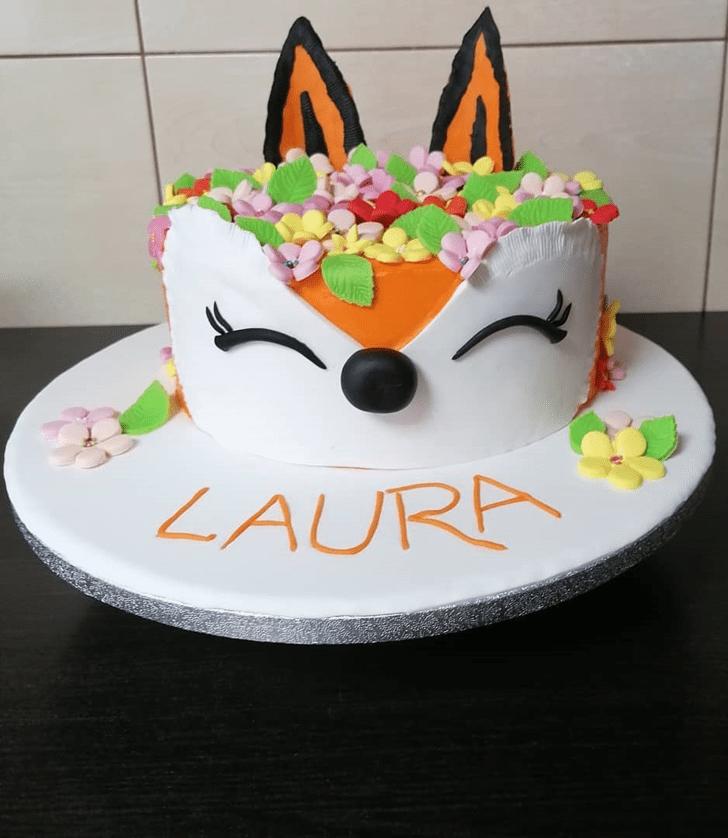Lovely Fox Cake Design