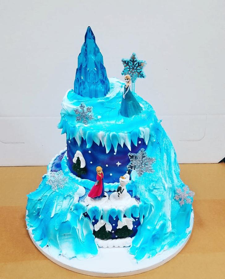 Adorable Disneys Frozen Cake