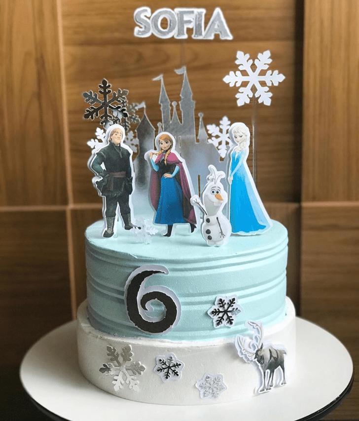 Exquisite Disneys Frozen Cake