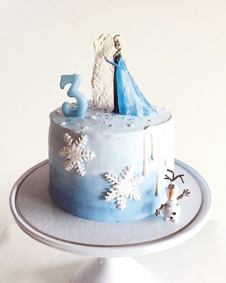 Pleasing Disneys Frozen Cake