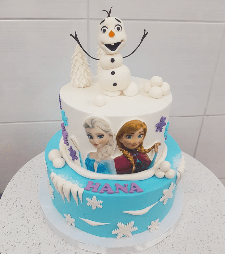 Refined Disneys Frozen Cake