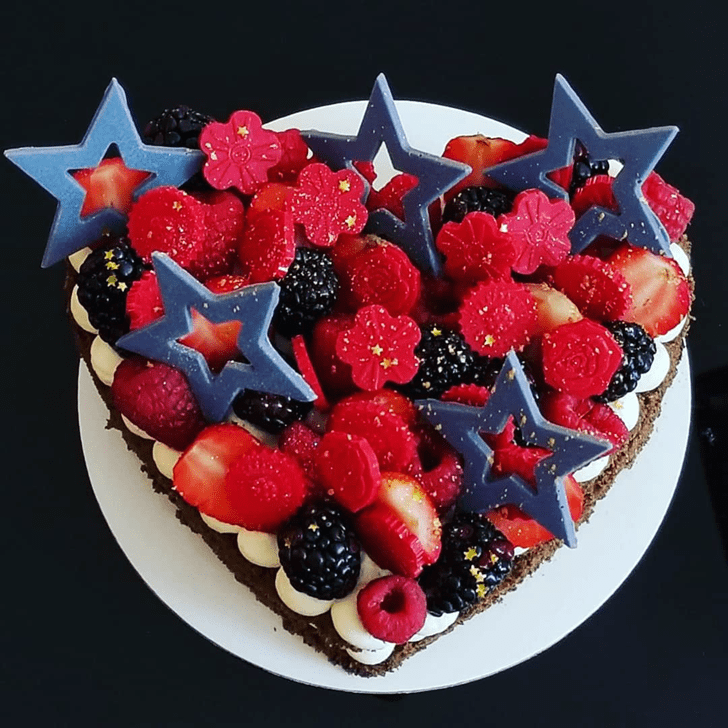 Admirable Fruits Cake Design