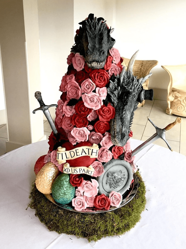 Admirable Game of Thrones Cake Design