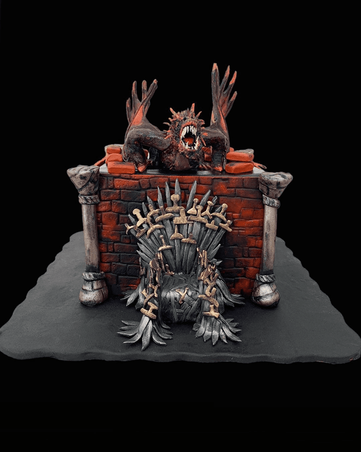Comely Game of Thrones Cake