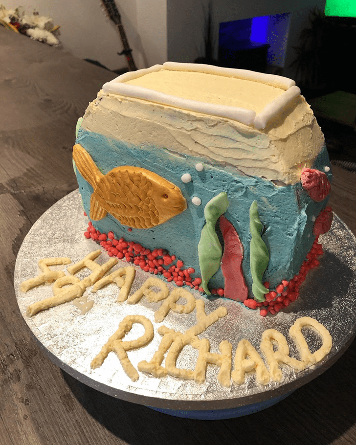 Alluring Goldfish Cake