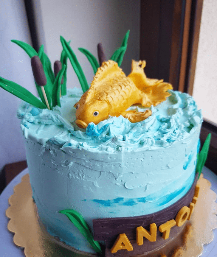 Angelic Goldfish Cake
