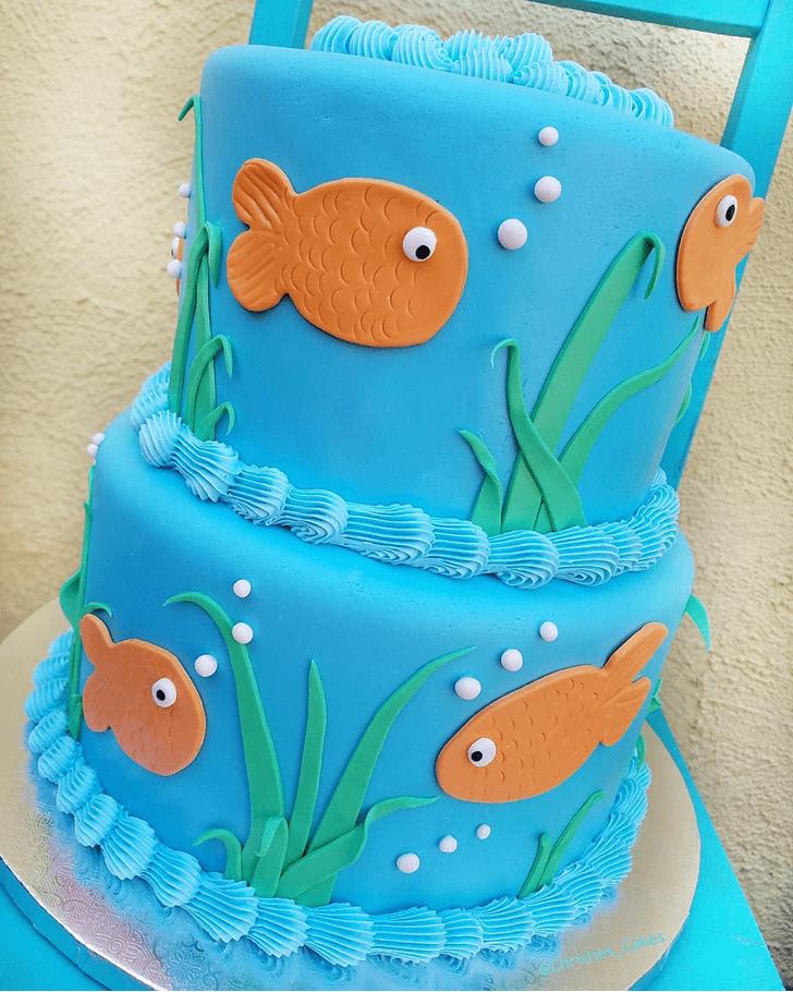 Classy Goldfish Cake