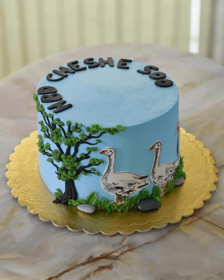 BewGooseching Goose Cake